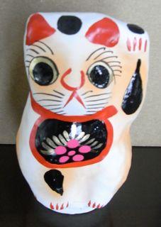 吉田だるまの招き猫